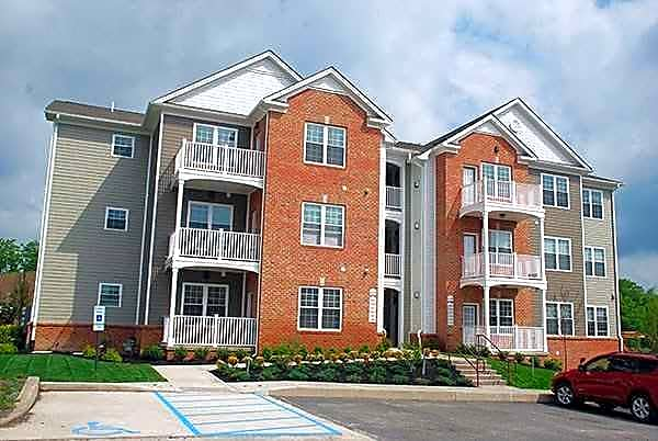 Apartments Near King's Yalick Farms for King's College Students in Wilkes Barre, PA