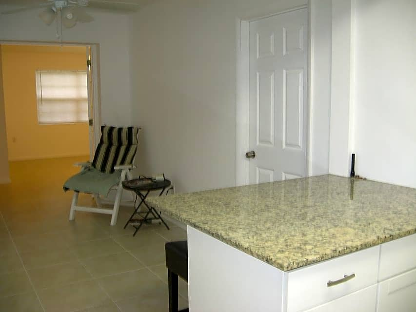 Duplex for Rent in Lake Worth
