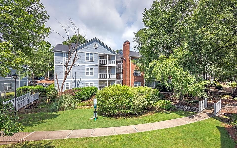 Apartments Near UofSC Avenue at Harbison for University of South Carolina Students in Columbia, SC