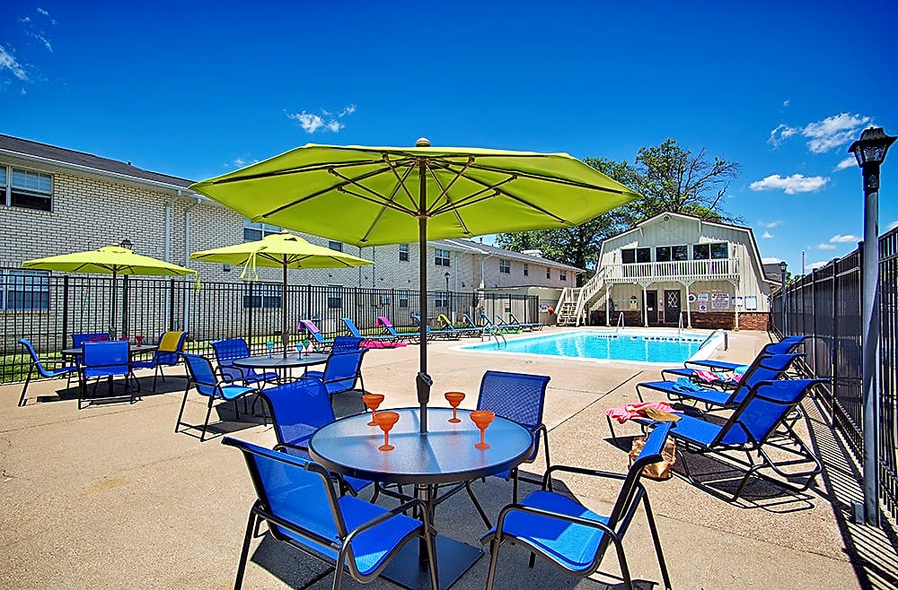 Addison Place Apartments of Evansville - Evansville, IN 47714