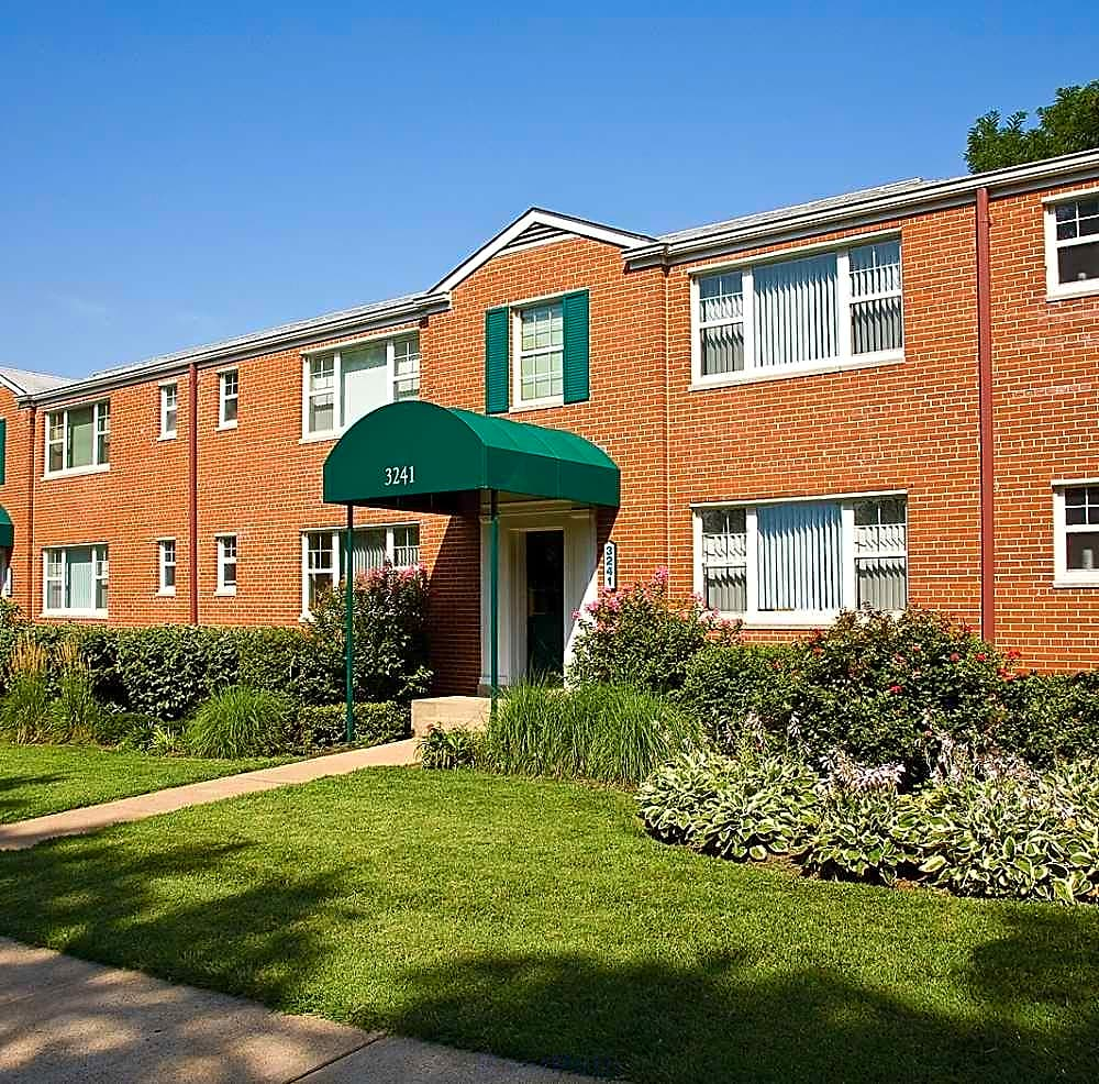 Hampton Gardens Apartments
