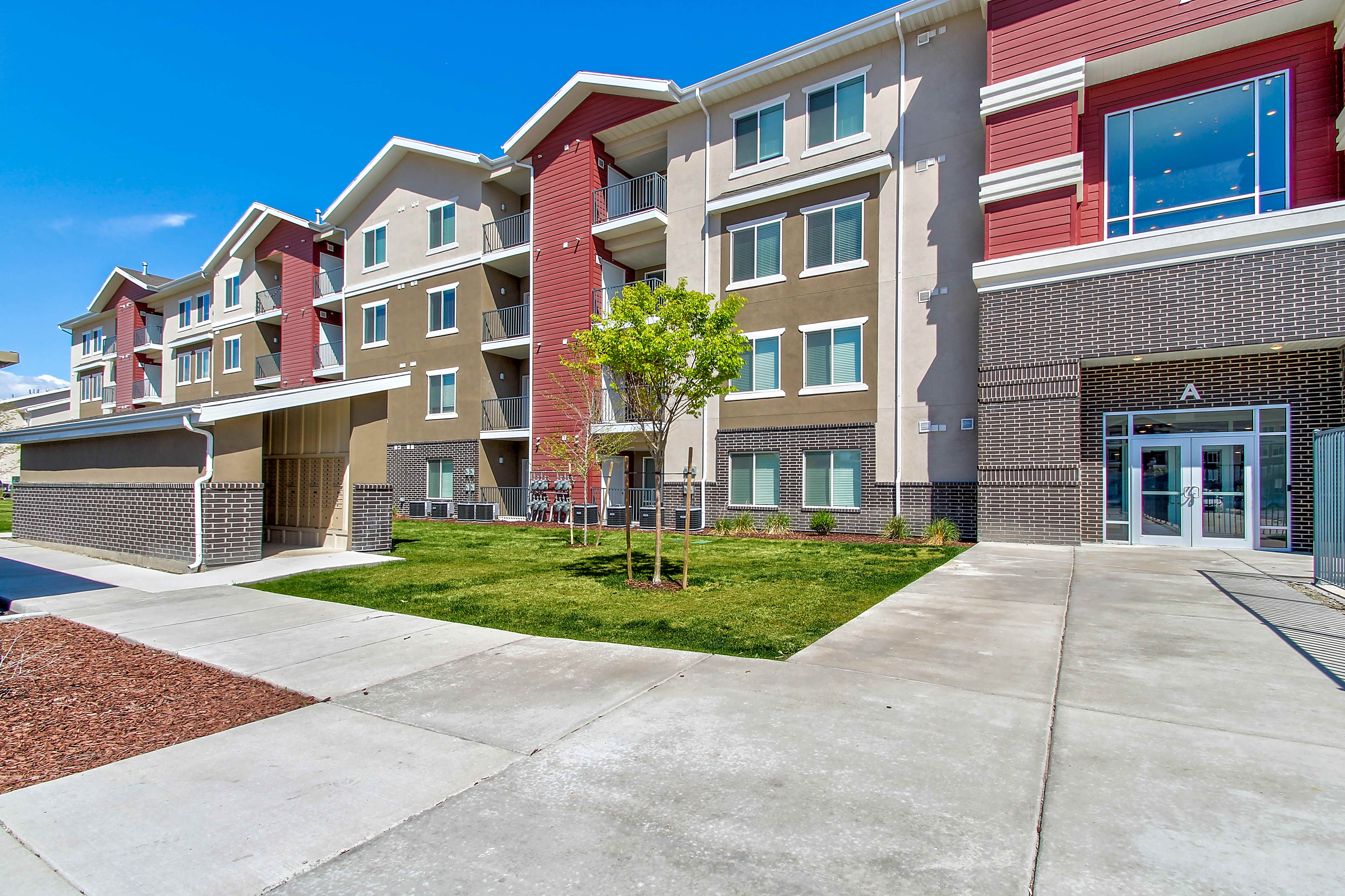 Apartments Near UVU Mill Point Apartments for Utah Valley University Students in Orem, UT