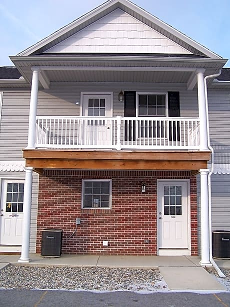 Photo: Perrysburg Apartment for Rent - $775.00 / month; 2 Bd & 1 Ba