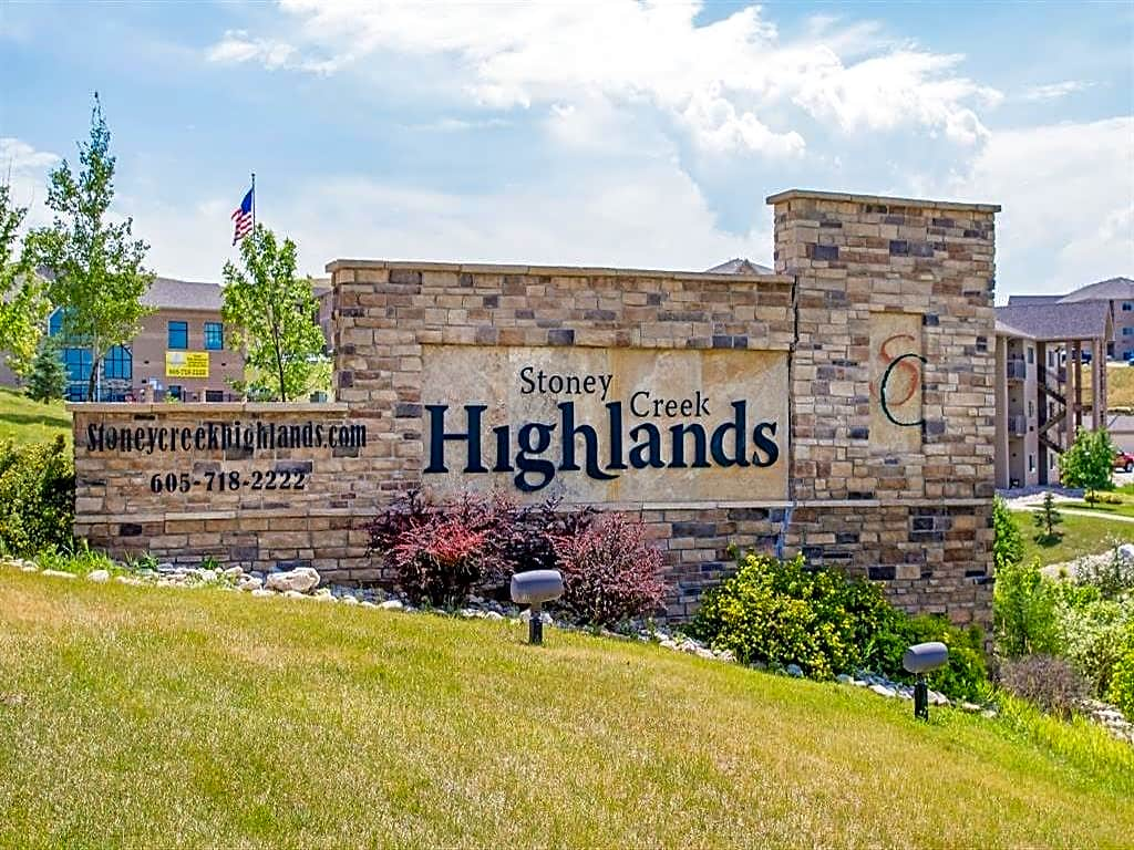 Apartments Near Black Hills Beauty College Stoney Creek Highlands for Black Hills Beauty College Students in Rapid City, SD