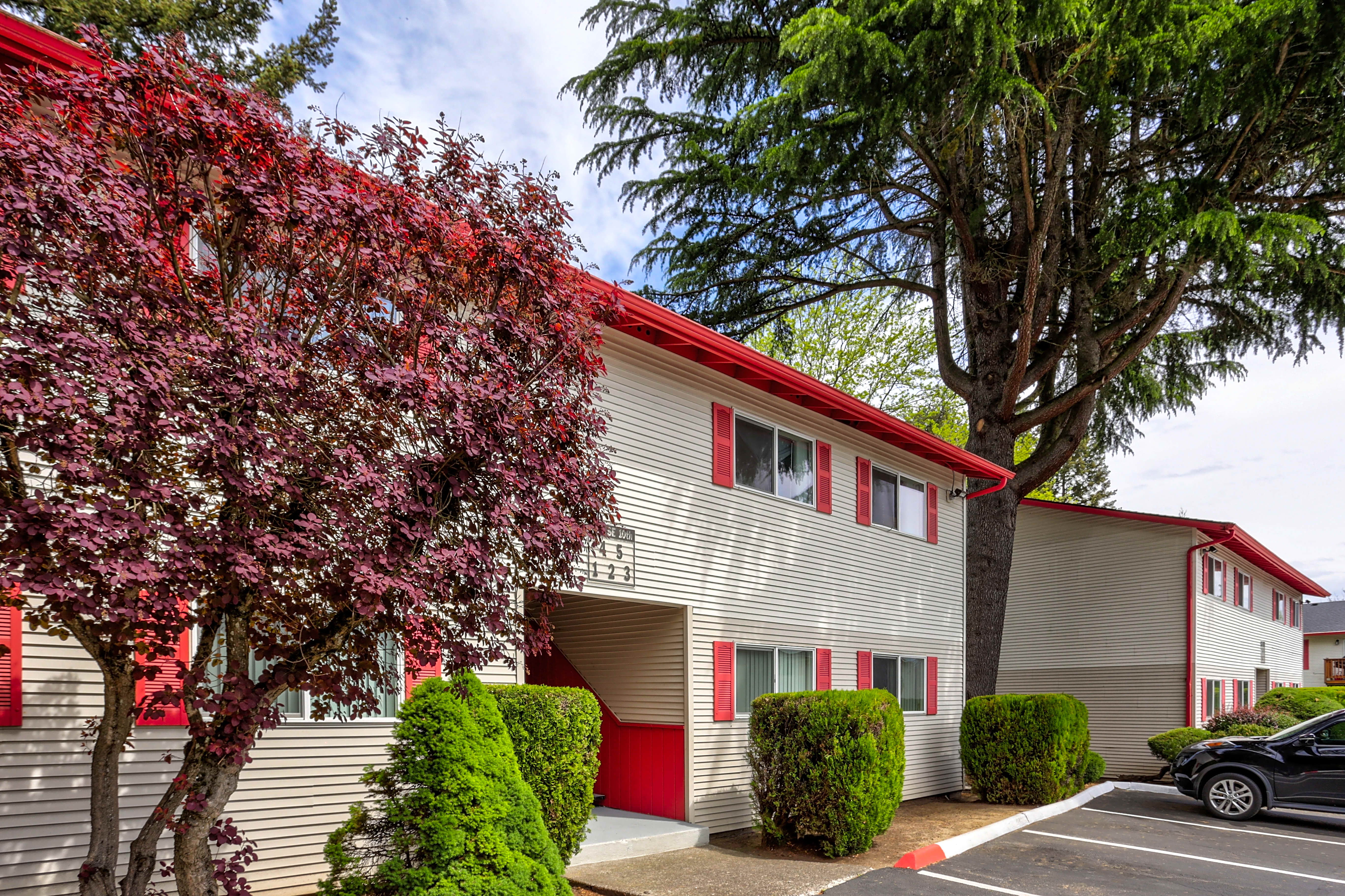 Apartments Near Pacific Parkview Apartments for Pacific University Students in Forest Grove, OR