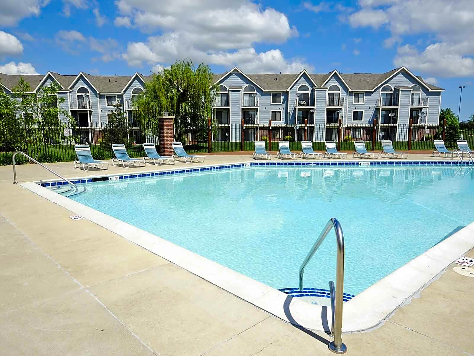 Huntington Cove Apartments Merrillville In 46410 Iphone Wallpapers Free Beautiful  HD Wallpapers, Images Over 1000+ [getprihce.gq]