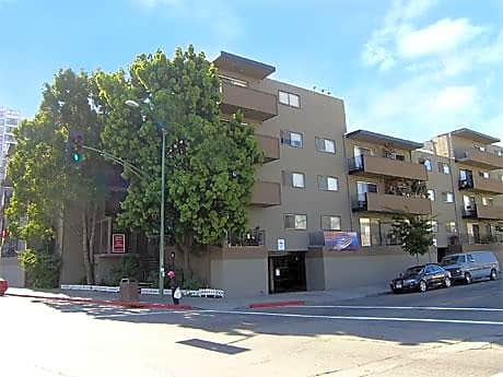 Lakeview Towers Apartments for rent in Oakland