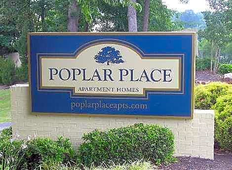 Poplar place townhomes apartments memphis tn 38120 for Poplar place