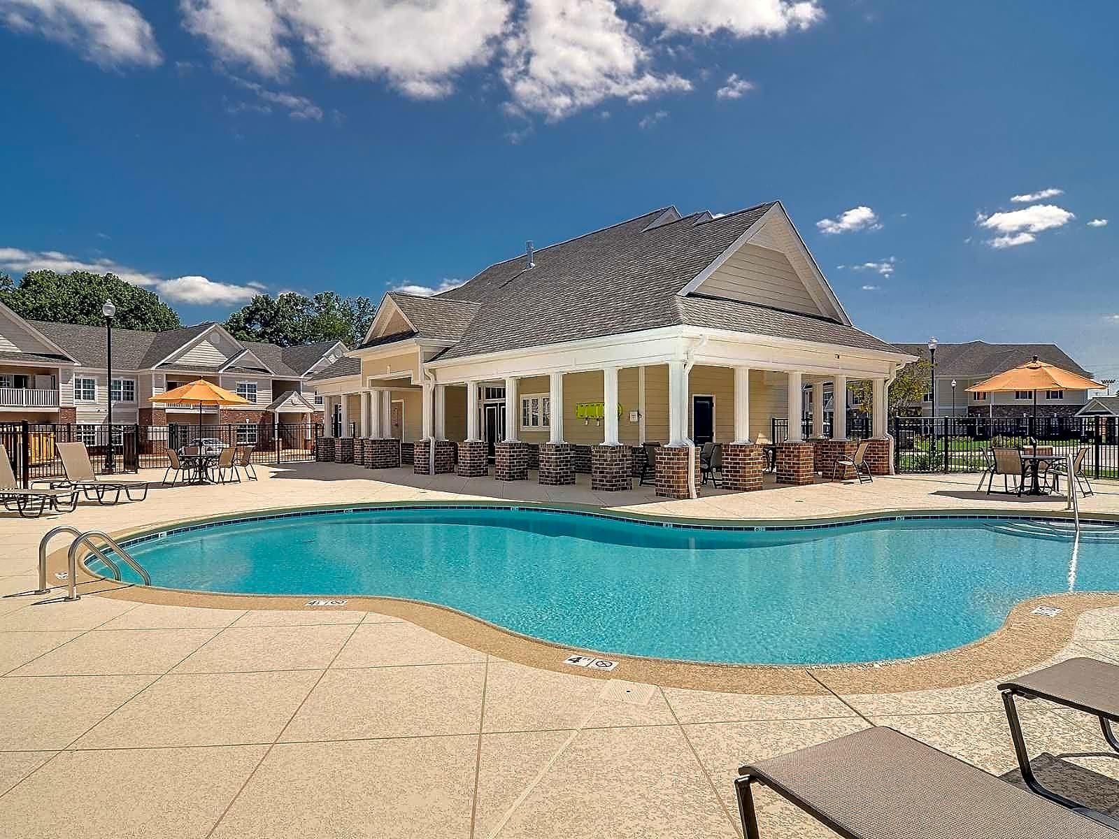 Cumberland Trace Village Apartments