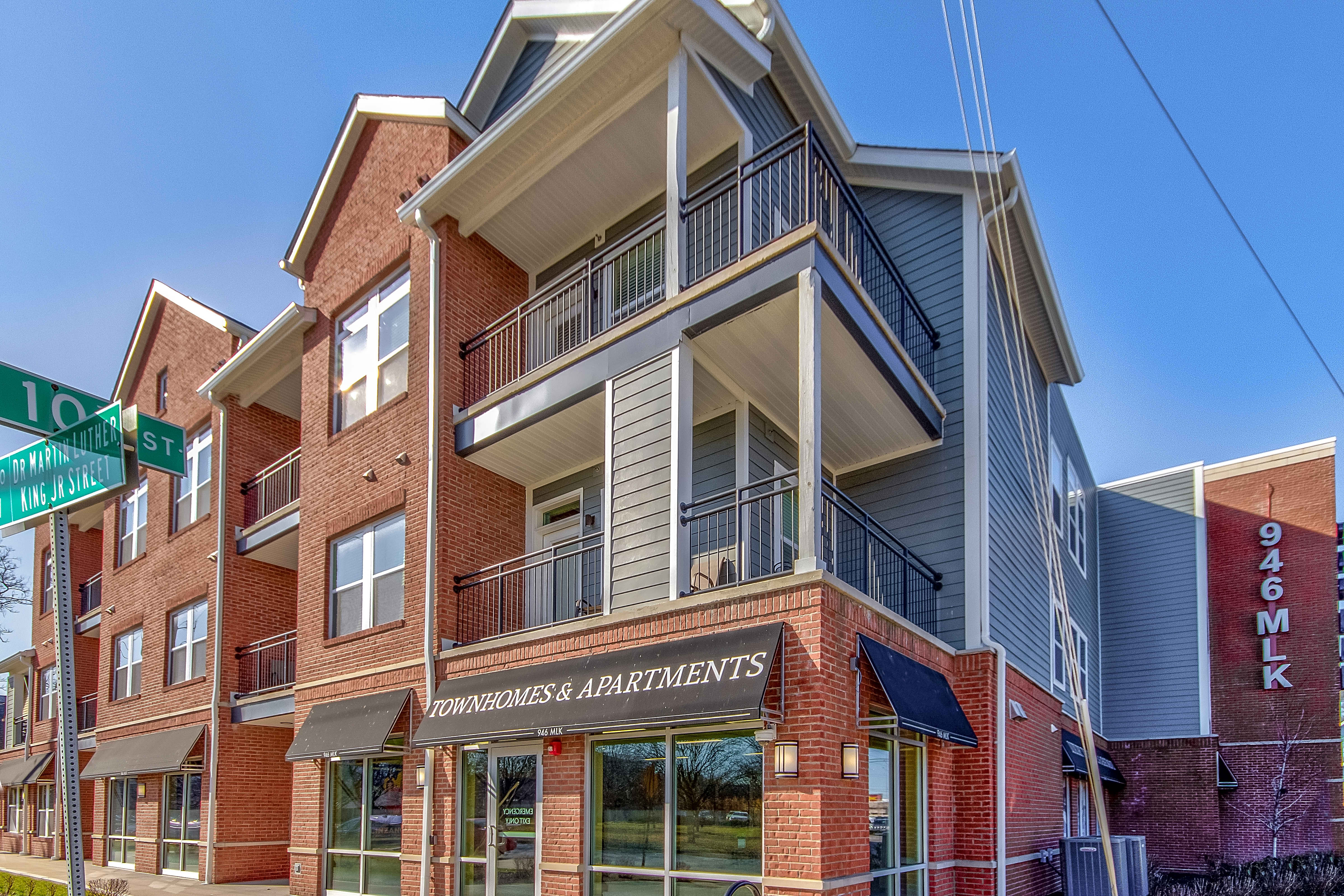 Apartments Near IUPUI 946 MLK for Indiana University-Purdue University Students in Indianapolis, IN