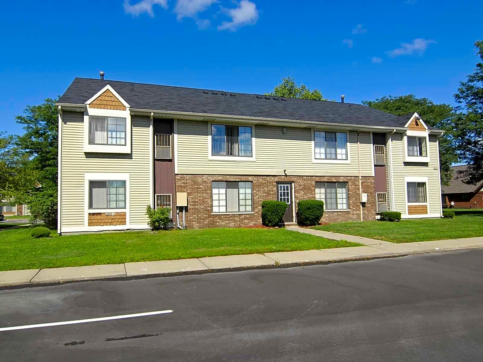 Sterling Heights Luxury Apartments  Mile
