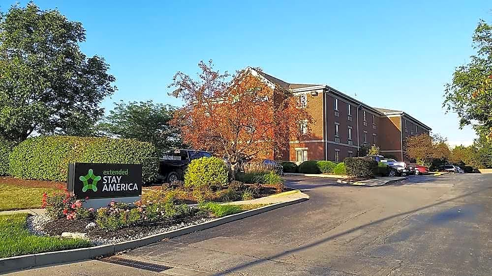 Apartments Near Thomas More Furnished Studio - Cincinnati - Florence - Meijer Dr. for Thomas More College Students in Crestview Hills, KY