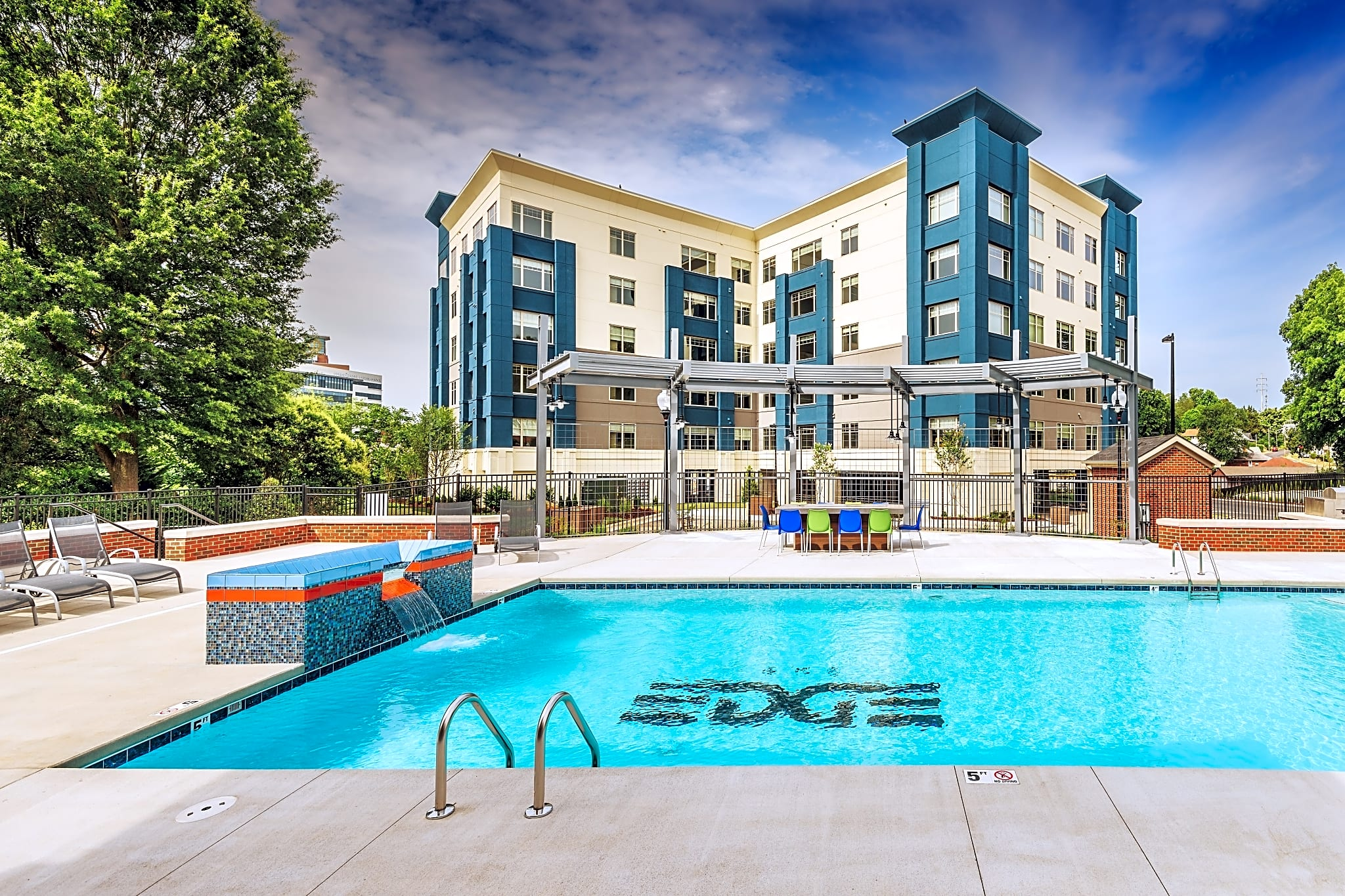 Apartments Near WFU The Edge Flats for Wake Forest University Students in Winston Salem, NC