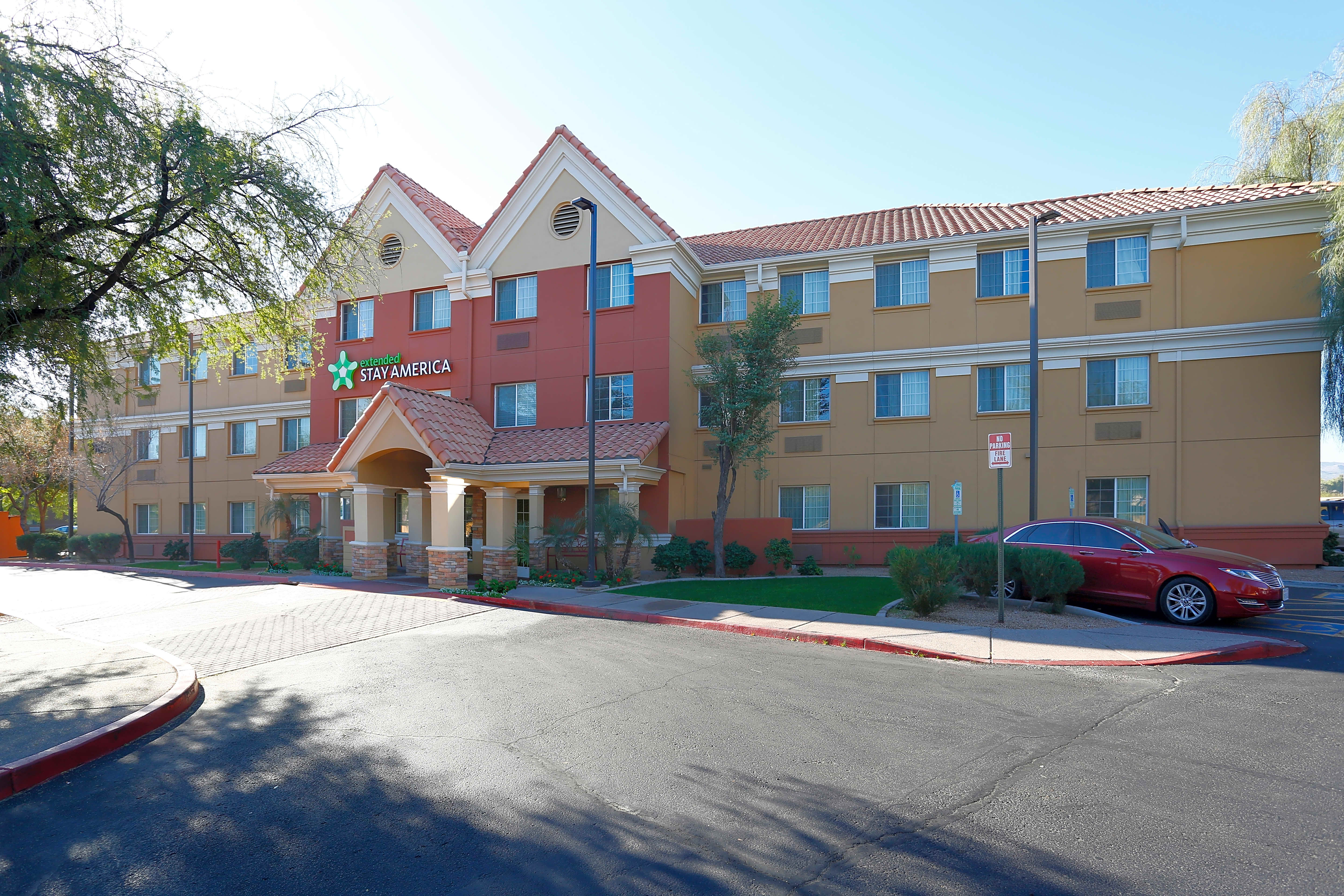 Apartments Near Collins College Furnished Studio - Phoenix - Airport - Tempe for Collins College Students in Tempe, AZ