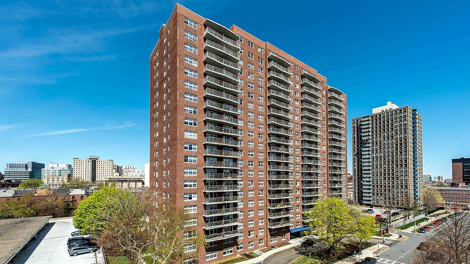 CityView at Longwood Apartments