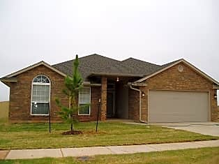 4 BED - MOORE SCHOOLS - CLOSE TO TINKER AFB Apartments ...