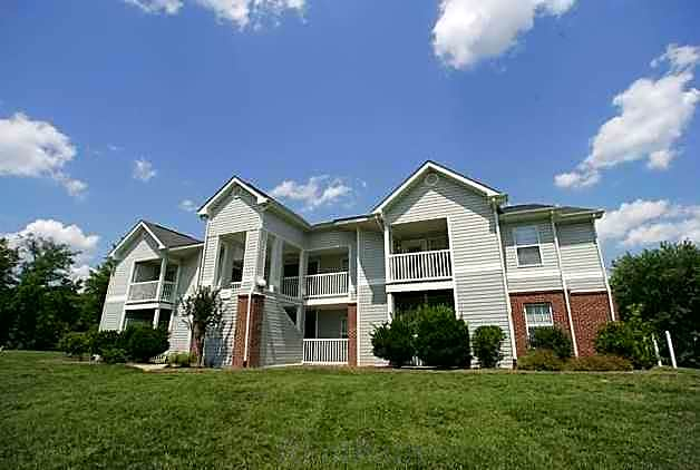 Sterling Park Apartments - Henderson, NC 27536