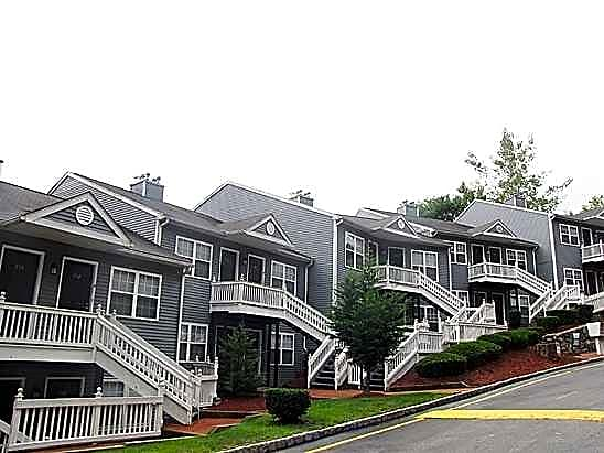 Pine Hill Apartments Stamford Ct