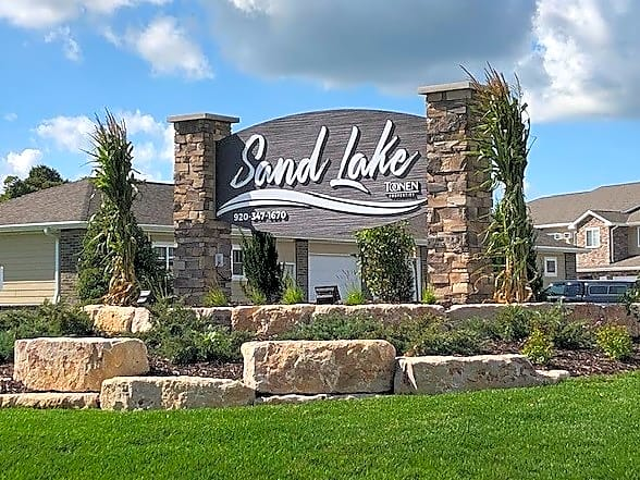 Apartments Near Rasmussen College-Wisconsin Sand Lake Apartments for Rasmussen College-Wisconsin Students in Green Bay, WI