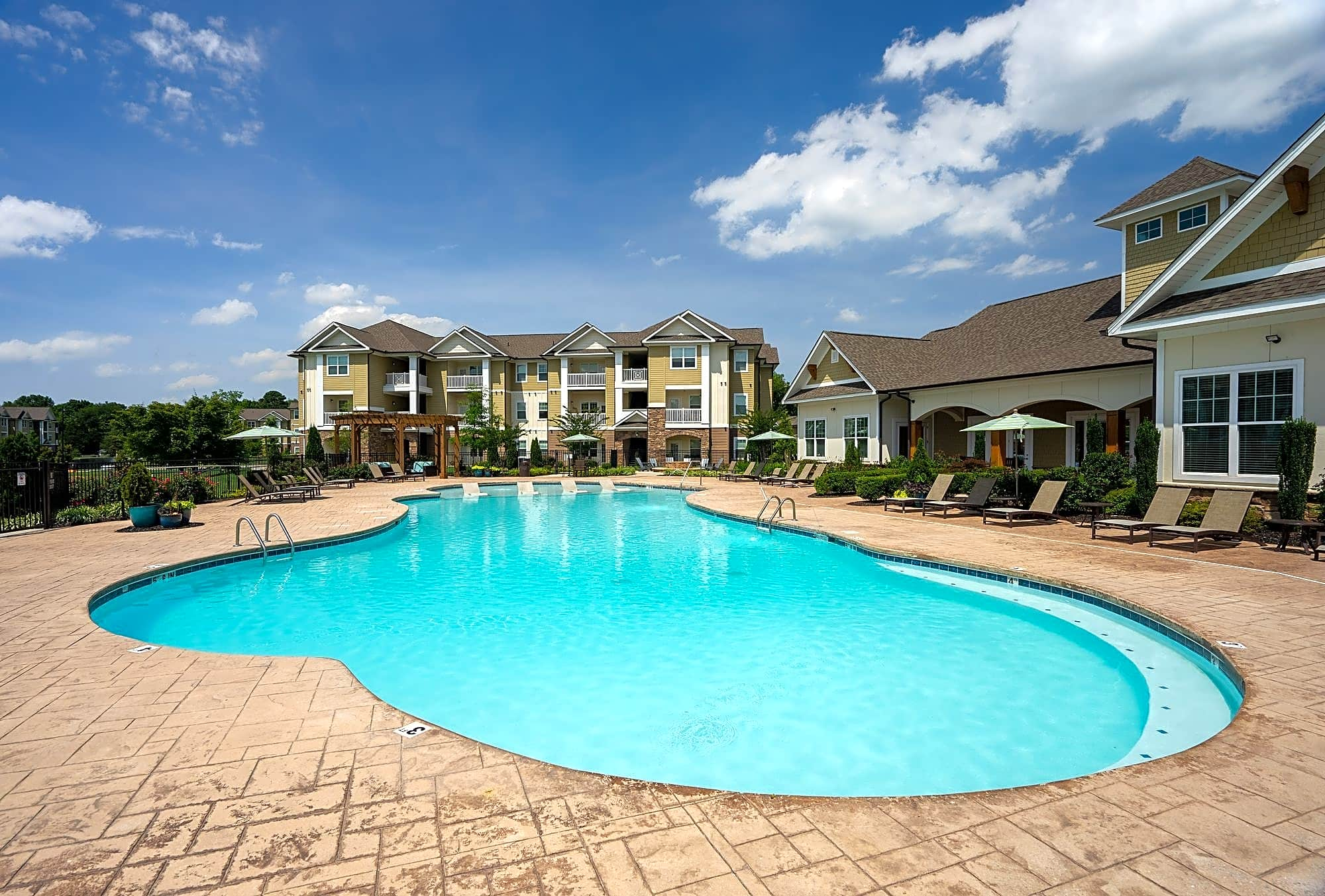 Apartments Near Southern Legends at White Oak for Southern Adventist University Students in Collegedale, TN