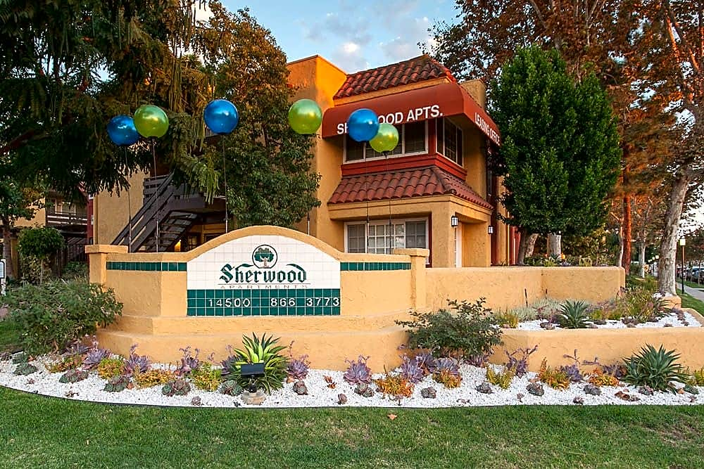 Apartments in Bellflower, CA - Sherwood Entrance