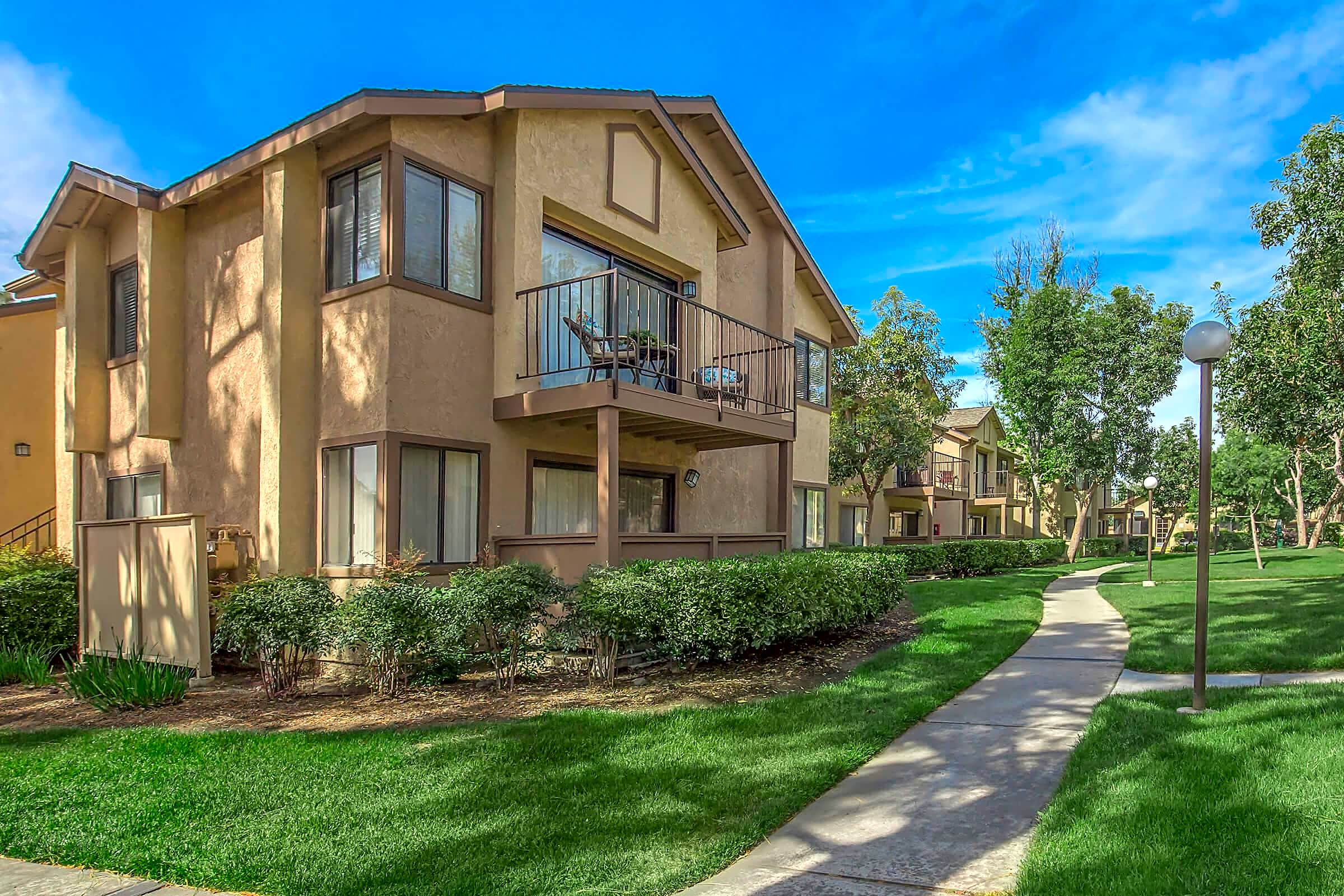 Apartments Near Pomona Mountain Springs Apartment Homes for Pomona College Students in Claremont, CA