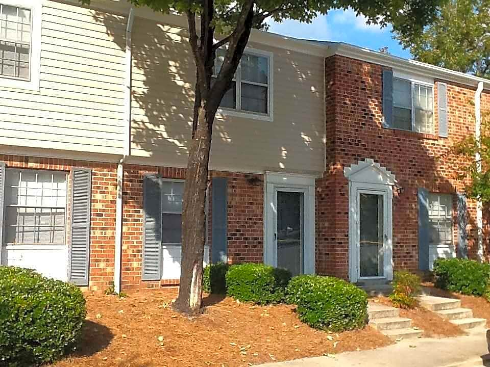 Photo: Greensboro Apartment for Rent - $595.00 / month; 2 Bd & 1 Ba