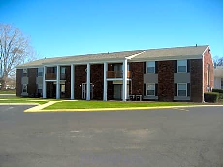 Clover Village Apartments for rent in South Bend