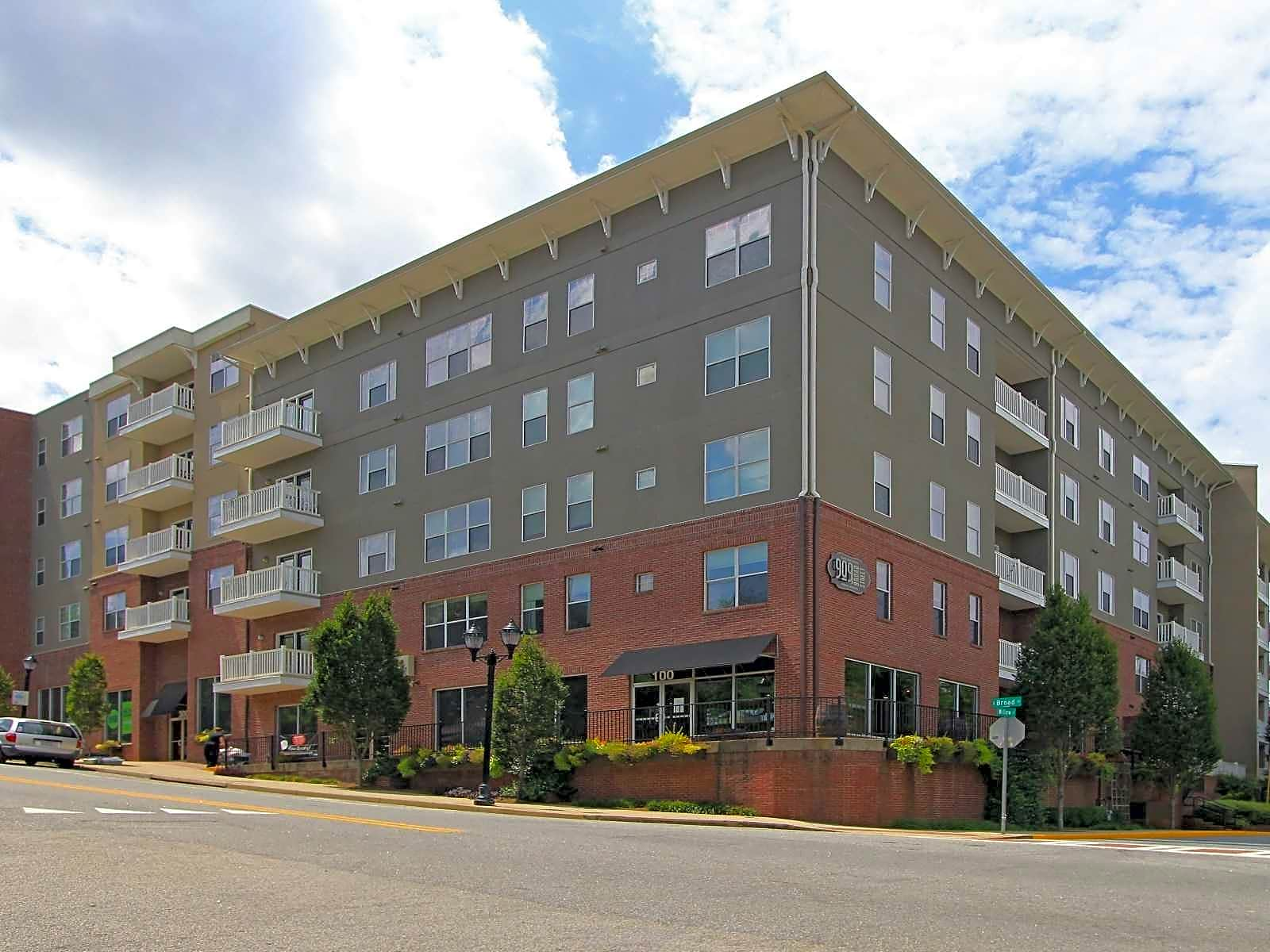 909 Broad Street Apartments - Athens, GA 30601