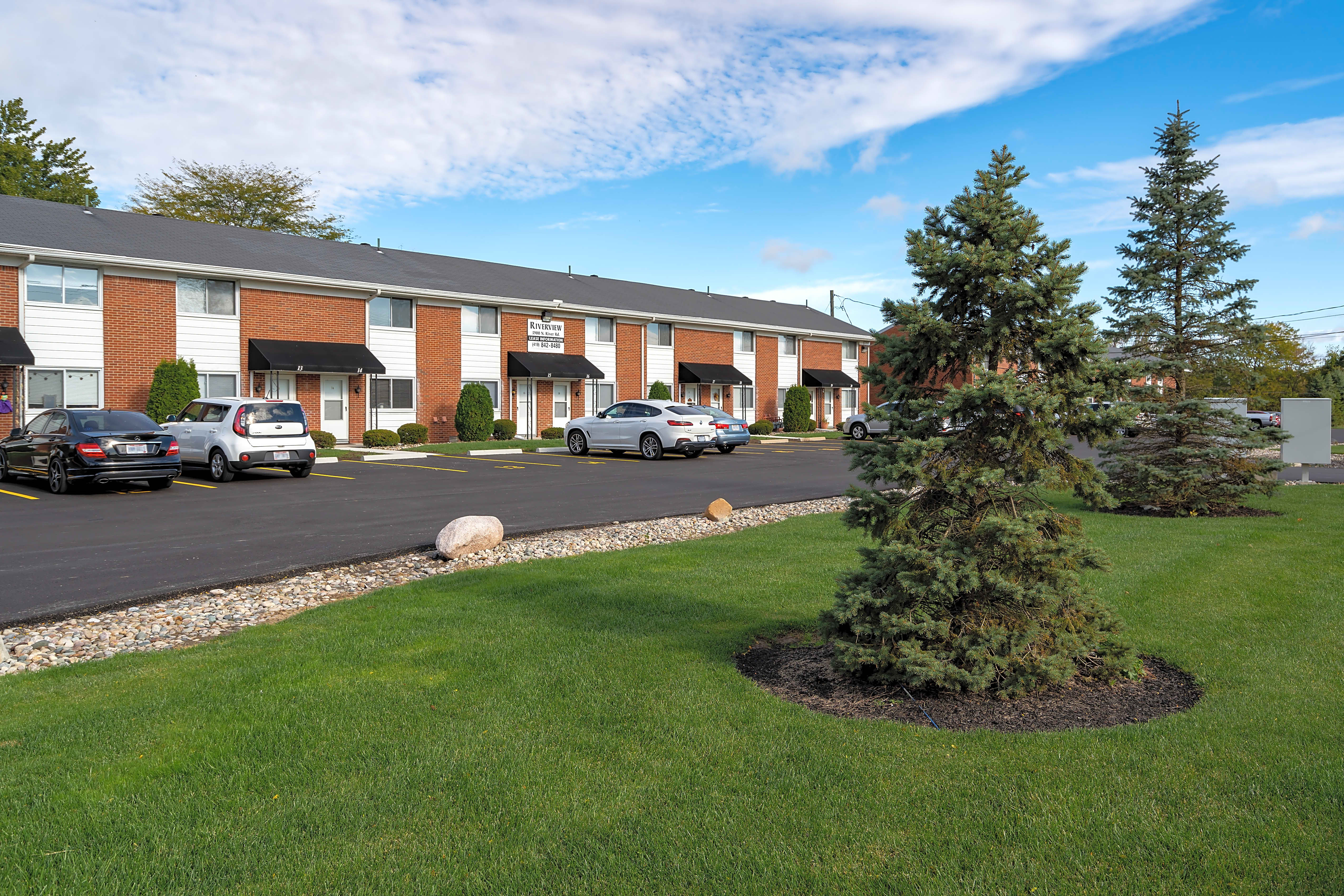 Apartments Near Stautzenberger College-Maumee Riverview Townhomes for Stautzenberger College-Maumee Students in Maumee, OH