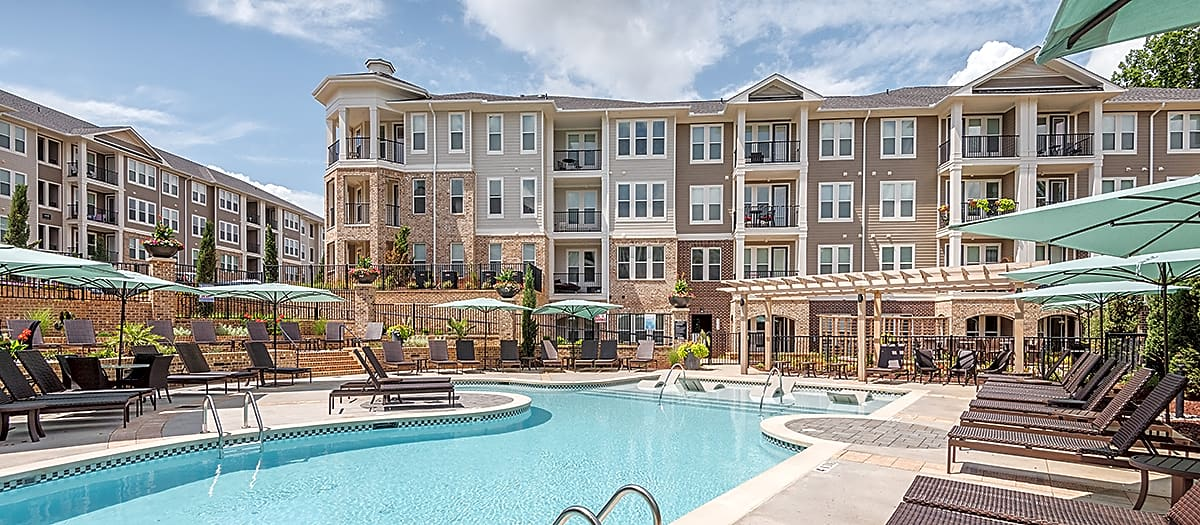 Apartments Near NC State Post Parkside at Wade for North Carolina State University Students in Raleigh, NC