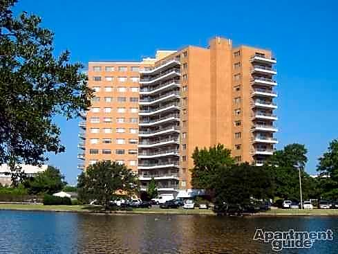 Apartments Near Norfolk State Pembroke Towers for Norfolk State University Students in Norfolk, VA