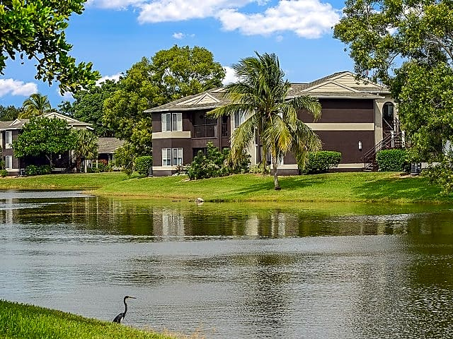 Iona Lakes is ideally located in Fort Myers