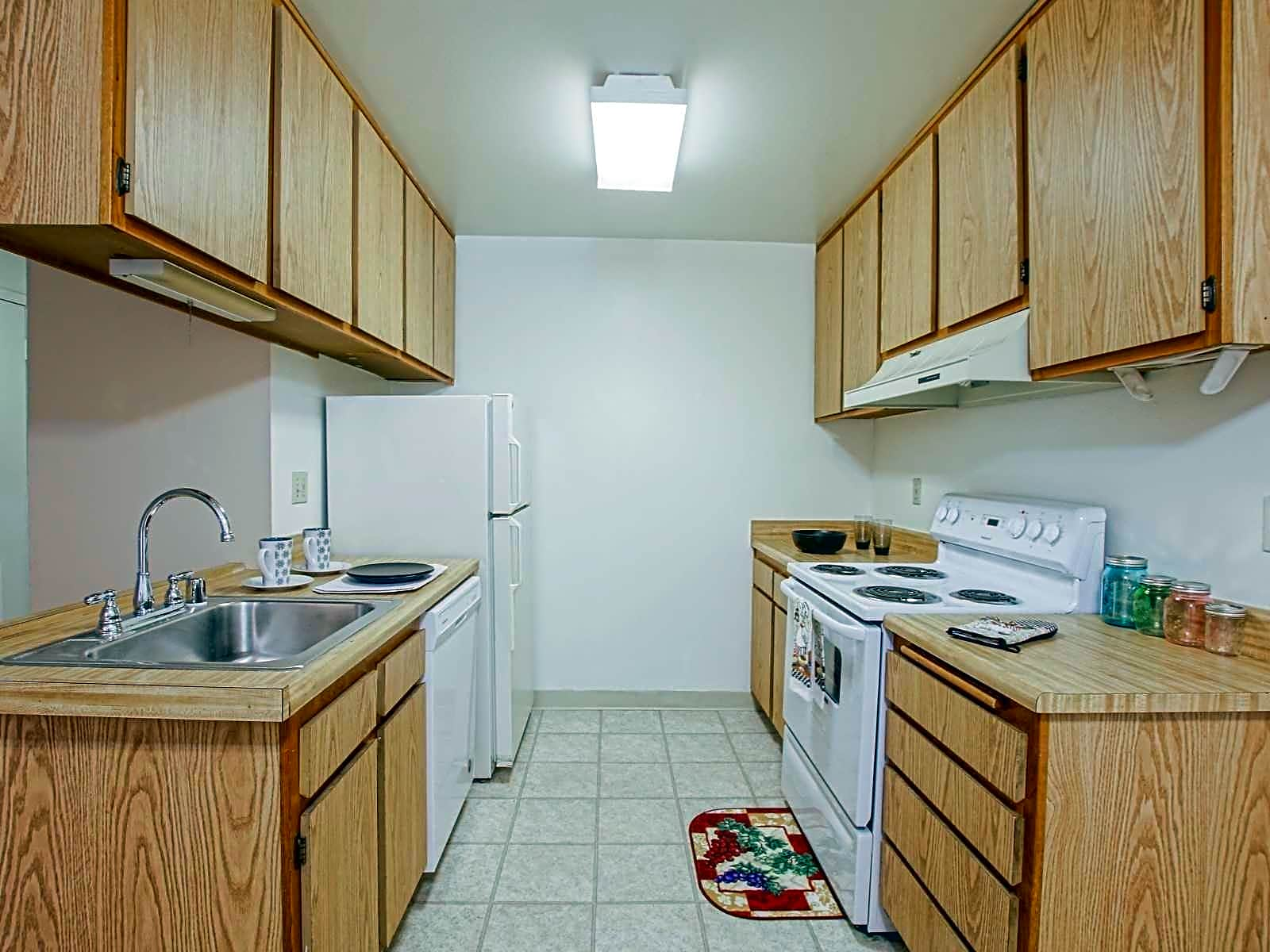 Ming Gardens Apartments - Bakersfield, CA 93309