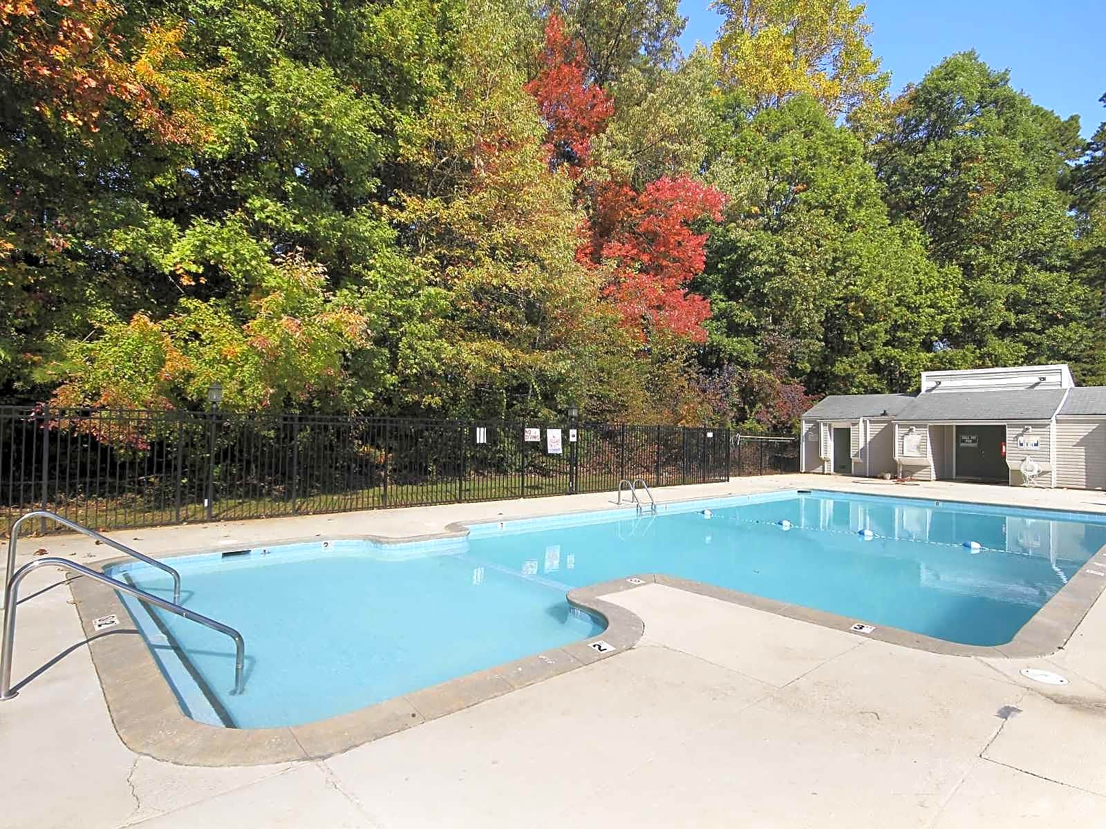 Photo: Greensboro Apartment for Rent - $755.00 / month; 3 Bd & 2 Ba