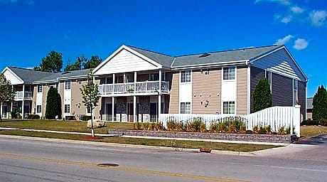 Photo: Fond Du Lac Apartment for Rent - $729.00 / month; 1 Bd & 2 Ba