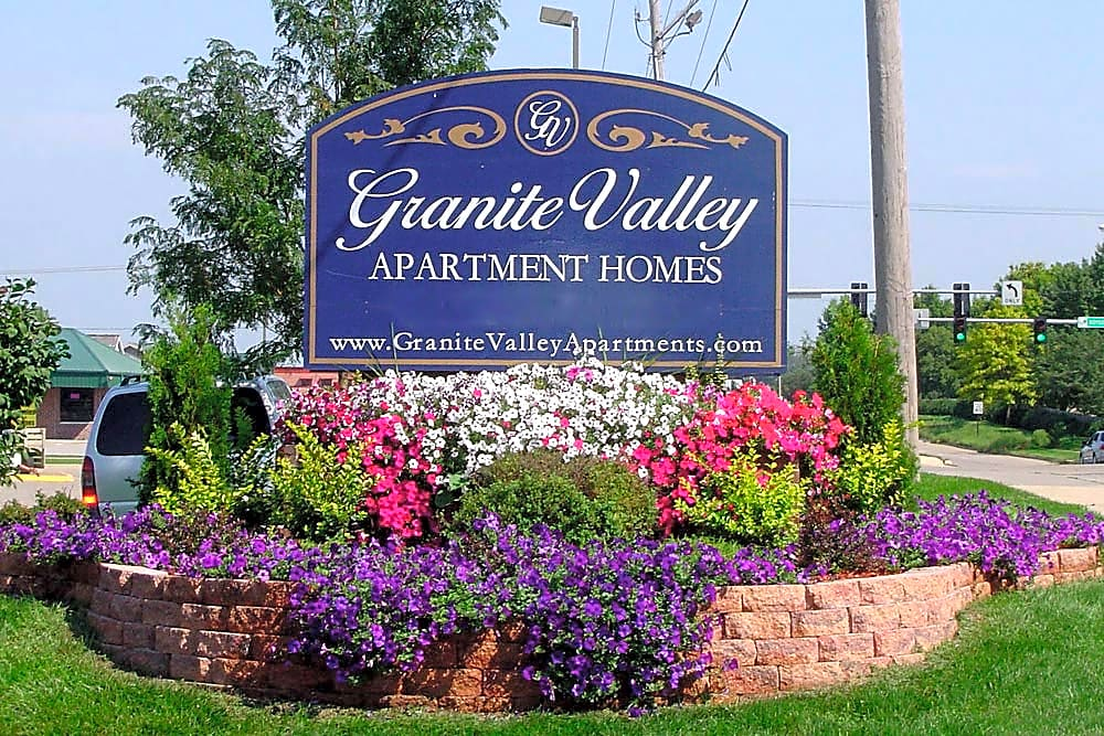 Apartments Near Cornell Granite Valley Apartment Homes for Cornell College Students in Mount Vernon, IA