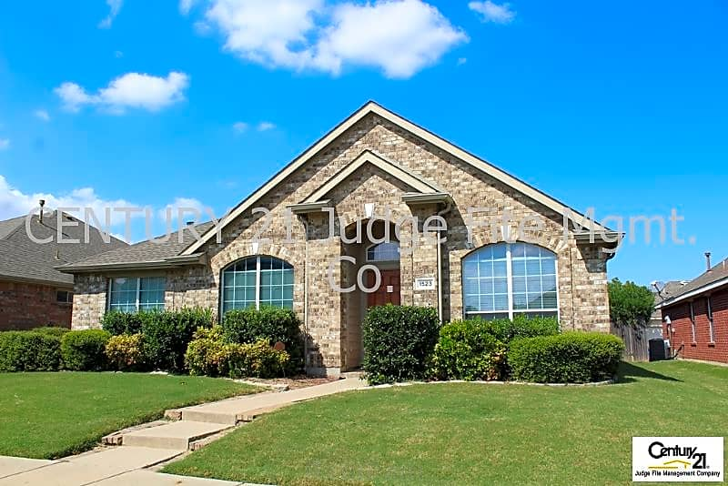House for Rent in Allen