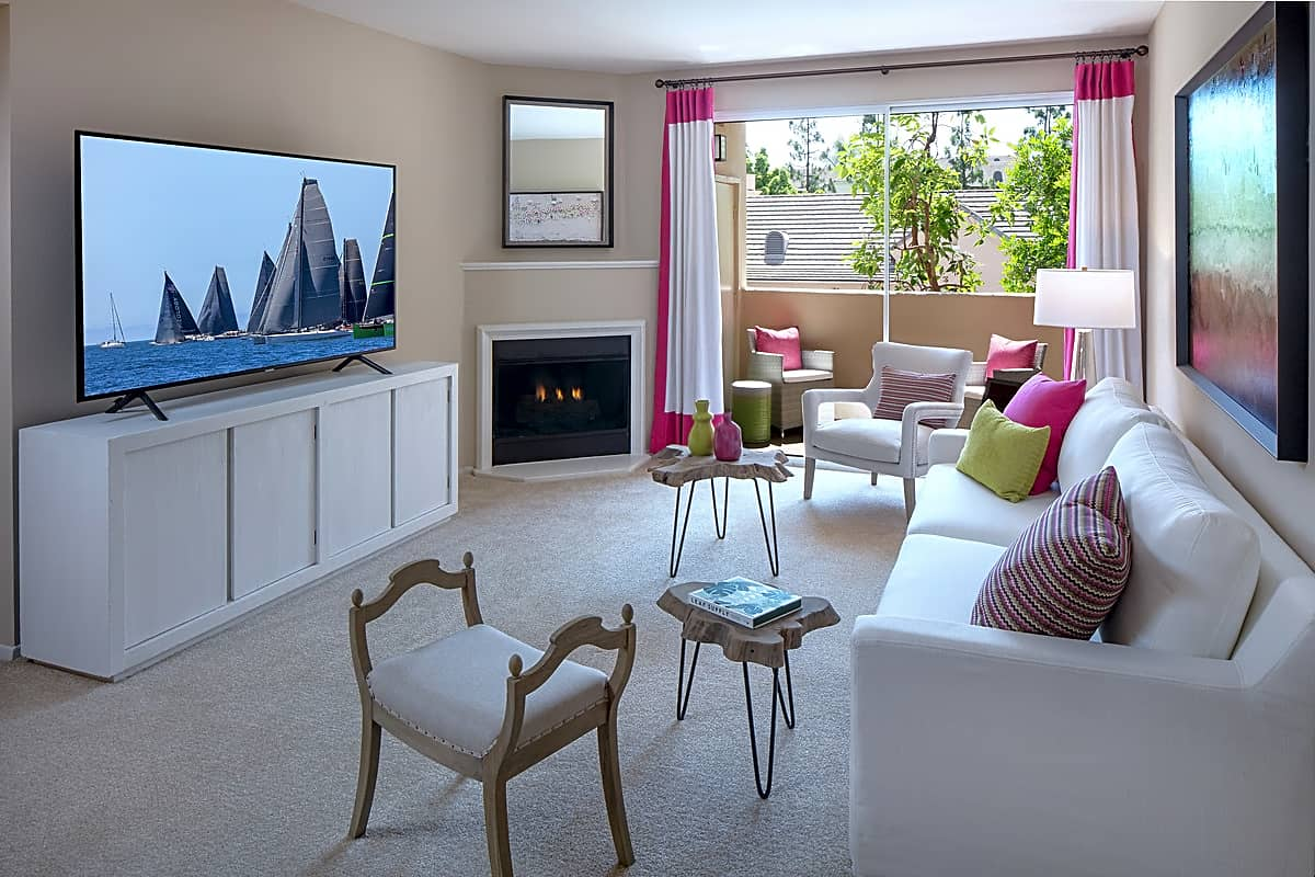 Apartments Near UC Irvine Brittany for University of California - Irvine Students in Irvine, CA