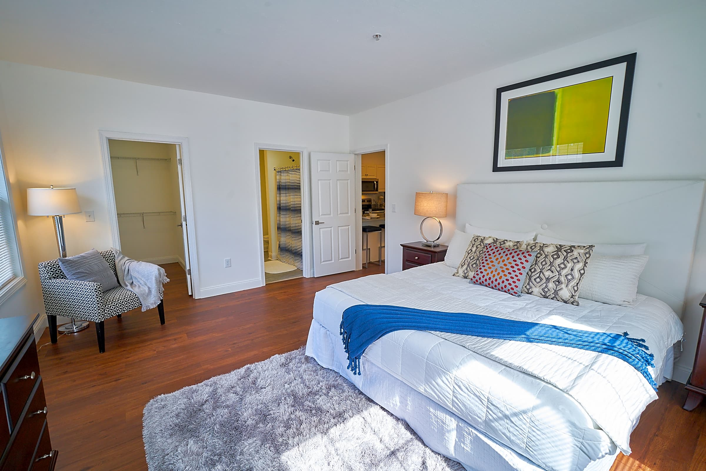 Apartments Near Stonehill Village At Cedar Heights for Stonehill College Students in Easton, MA
