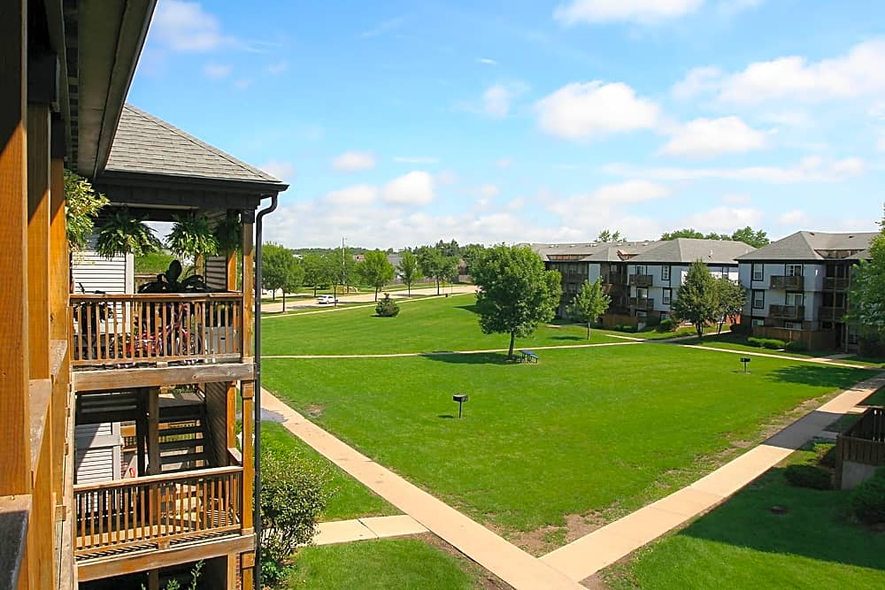 Apartments Near Kirkwood Alexandra for Kirkwood Community College Students in Cedar Rapids, IA