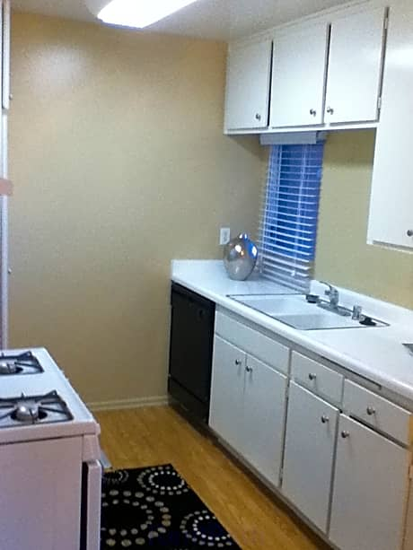 Pet Friendly Apartments For Rent Whittier Ca
