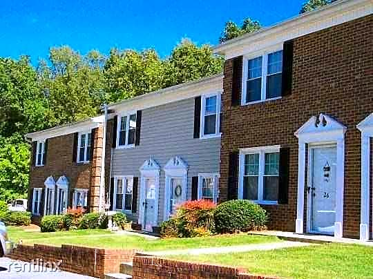 Apartments Near HPU Holly Hill for High Point University Students in High Point, NC