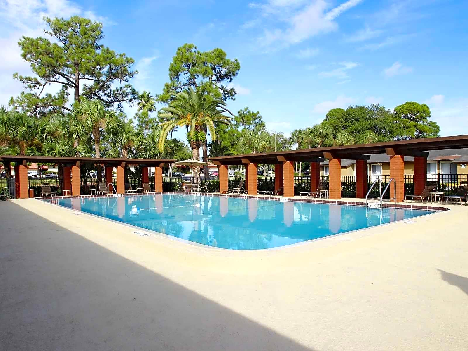 Whispering Pines Apartments Largo Fl