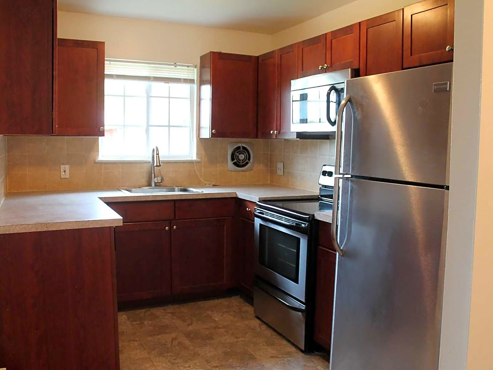 Apartments Near Centenary Swartswood Gardens for Centenary College Students in Hackettstown, NJ