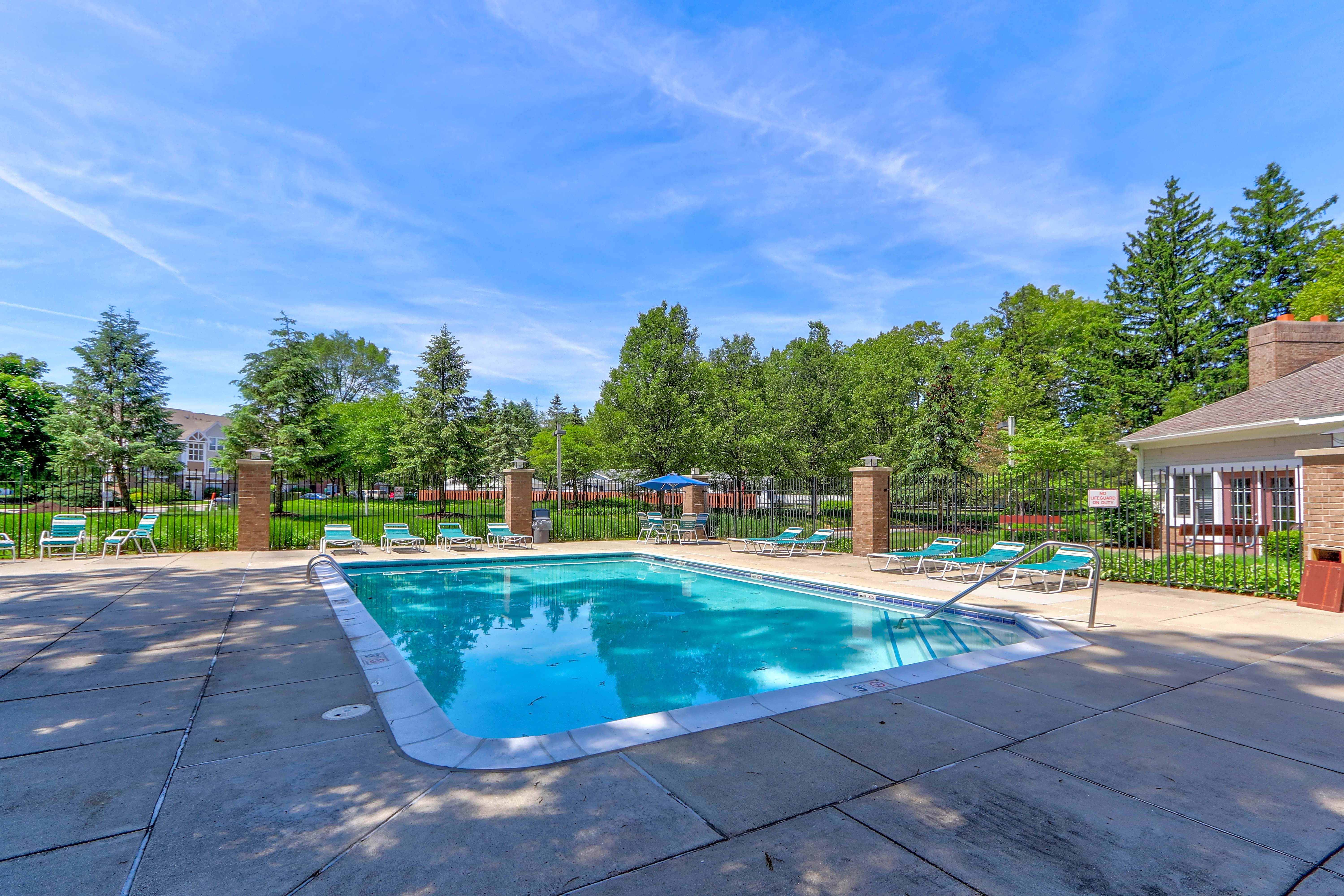 Apartments Near Lourdes Orchard Lakes for Lourdes College Students in Sylvania, OH