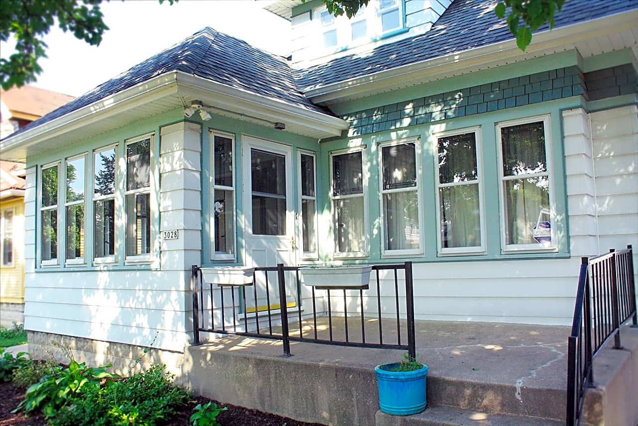 Pet Friendly for Rent in Milwaukee