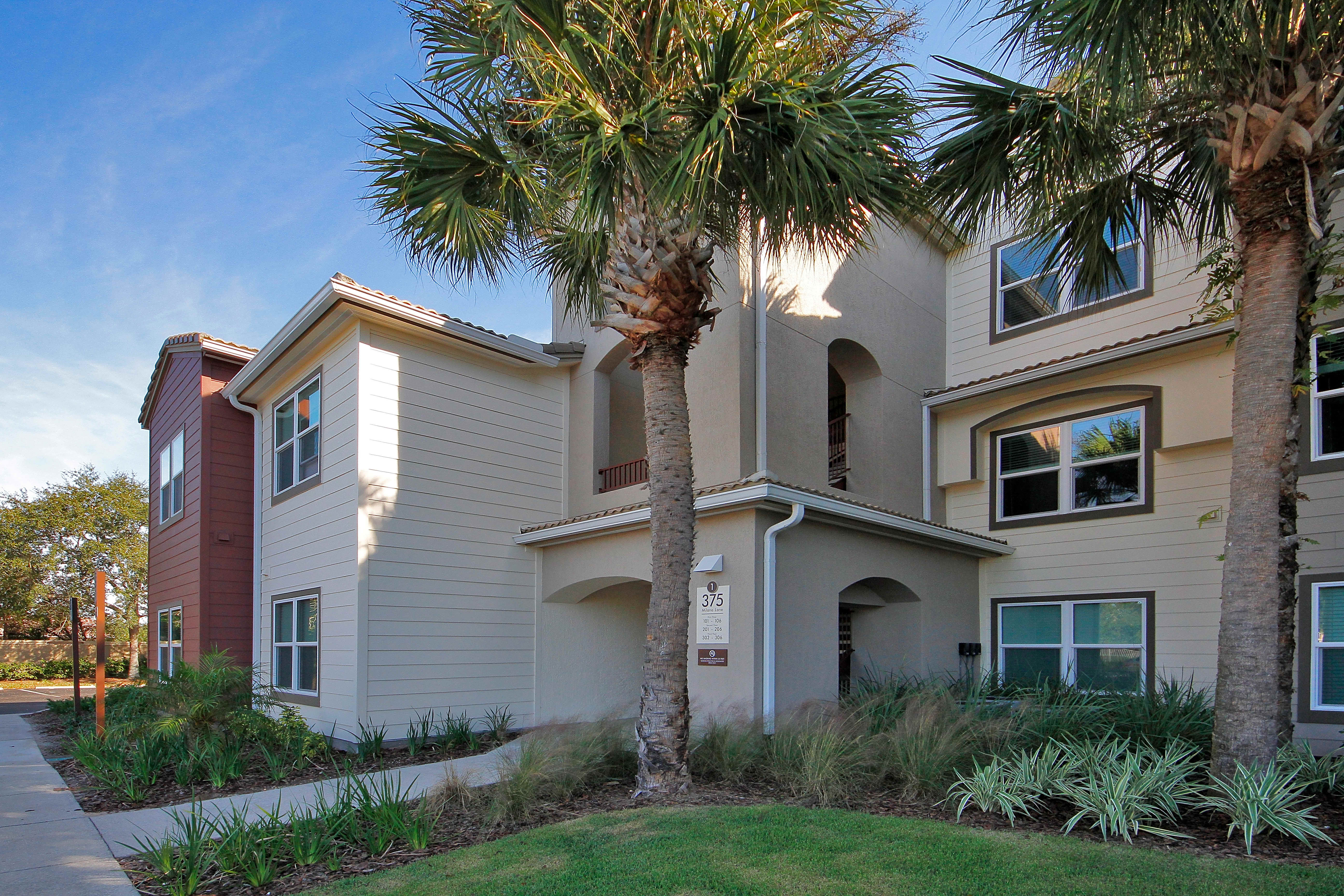 Apartments Near Florida Tech Via Tuscany Apartments for Florida Institute of Technology Students in Melbourne, FL