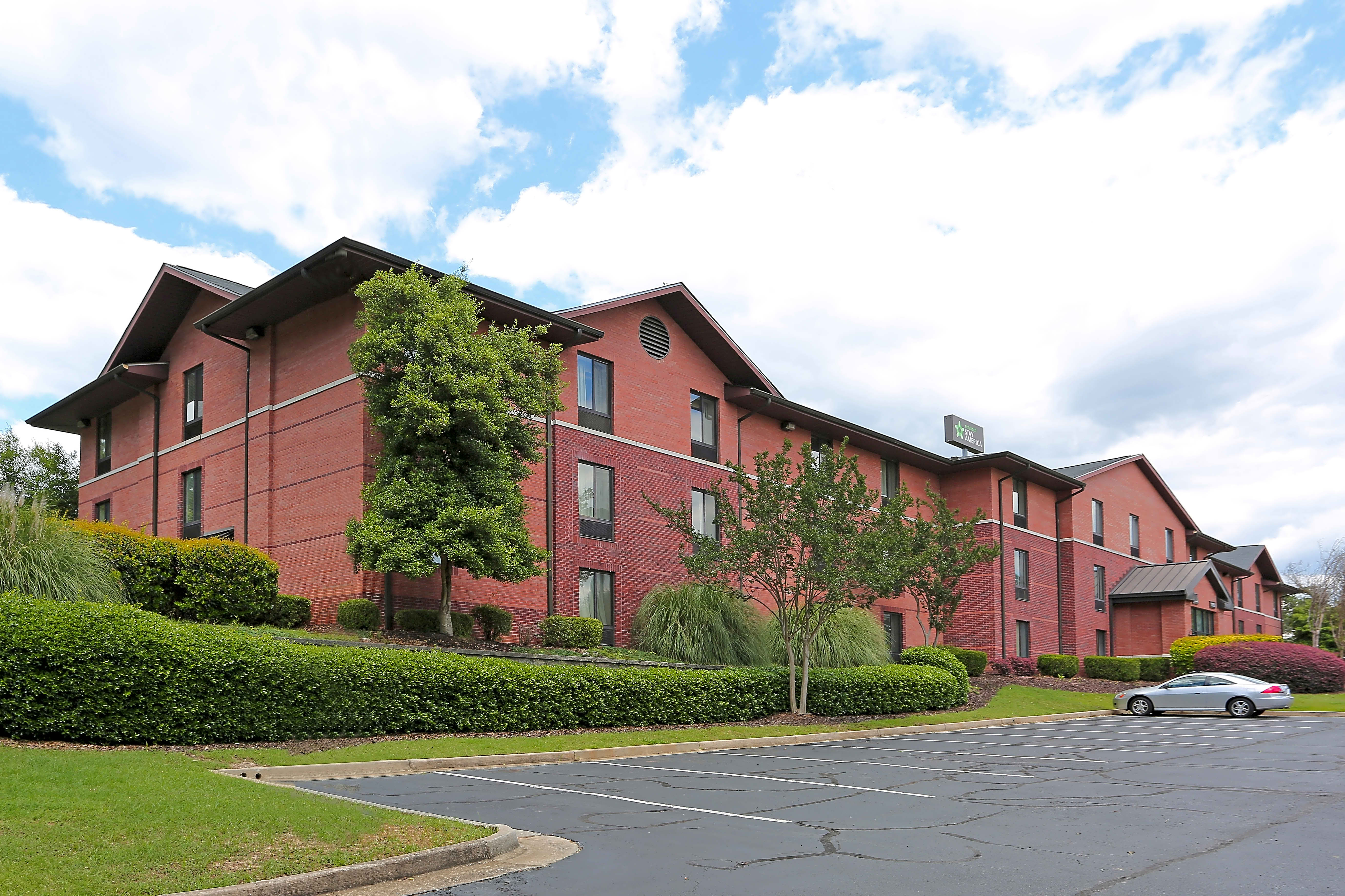 Apartments Near Macon State Furnished Studio - Macon - North for Macon State College Students in Macon, GA