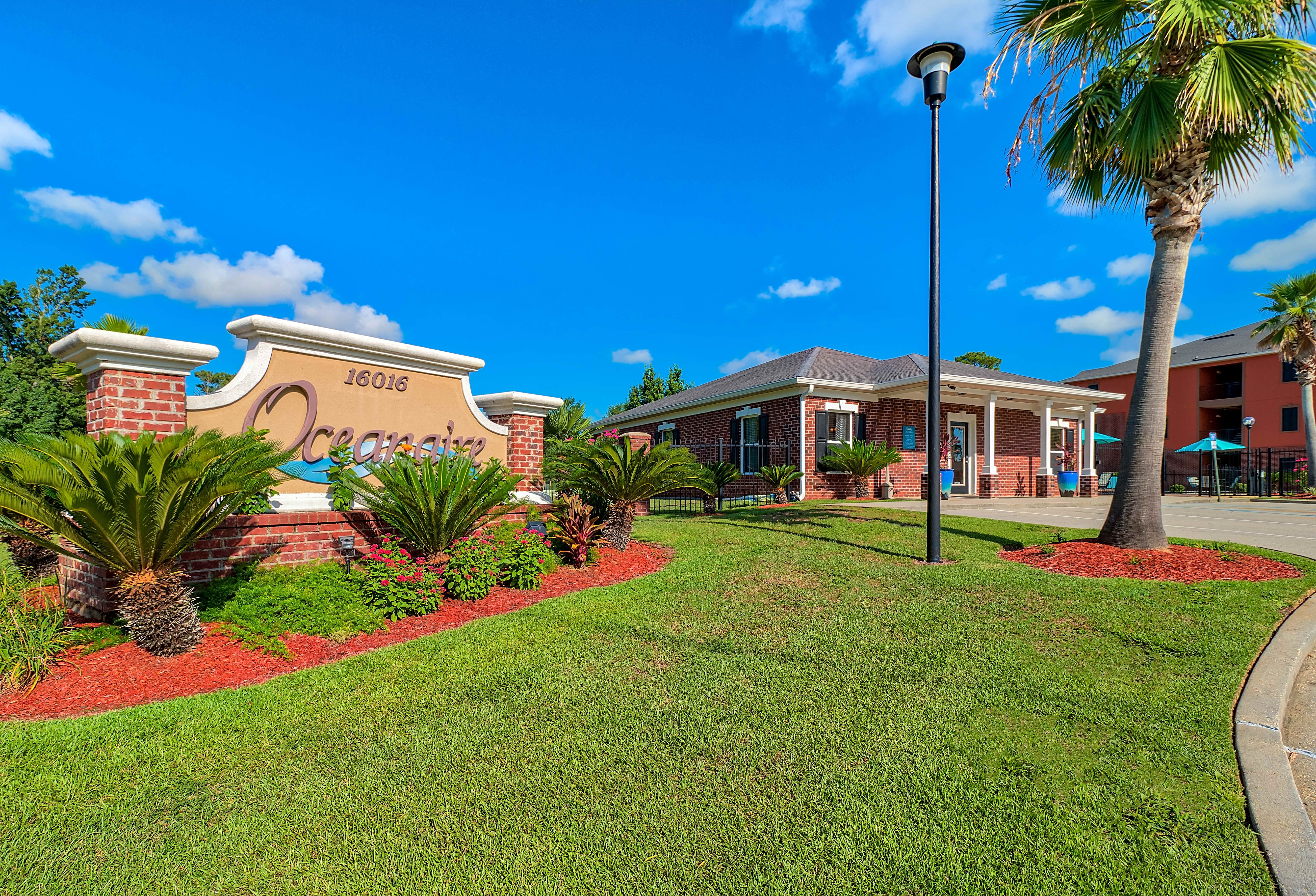 Apartments Near Day Spa Career College Oceanaire for Day Spa Career College Students in Ocean Springs, MS